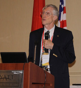 2006年诺贝尔奖获得者John Mather博士
